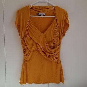 Jennifer Lopez short sleeve shirt